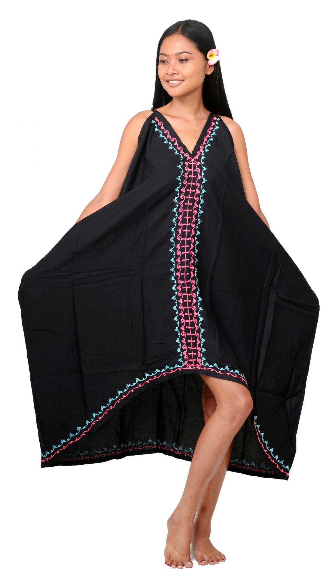 Robe longue ethnique noir avec broderies